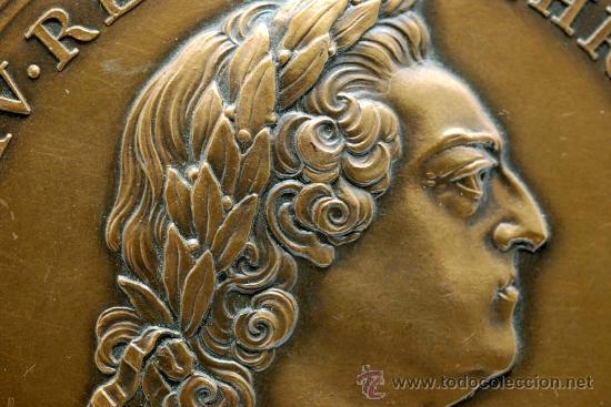 Trofeos y medallas: Medalla bronce dorado Francia Ludovicus XV 1770 visita del rey a la casa de la moneda - Foto 3 - 27963861