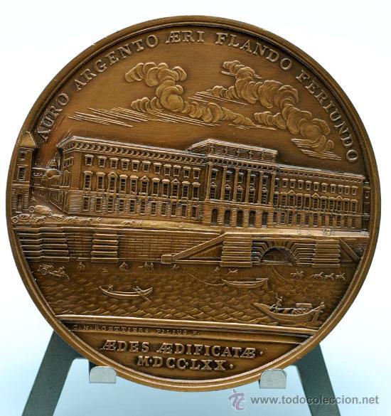 Trofeos y medallas: Medalla bronce dorado Francia Ludovicus XV 1770 visita del rey a la casa de la moneda - Foto 4 - 27963861