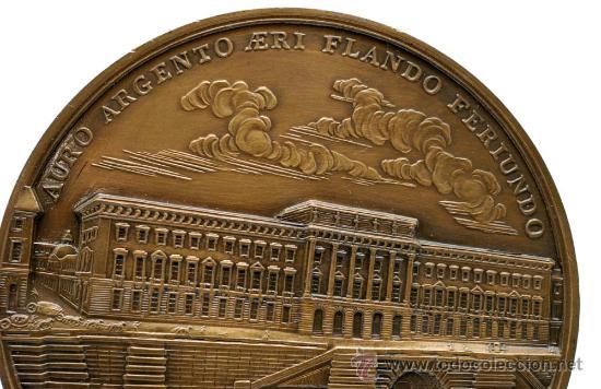 Trofeos y medallas: Medalla bronce dorado Francia Ludovicus XV 1770 visita del rey a la casa de la moneda - Foto 5 - 27963861