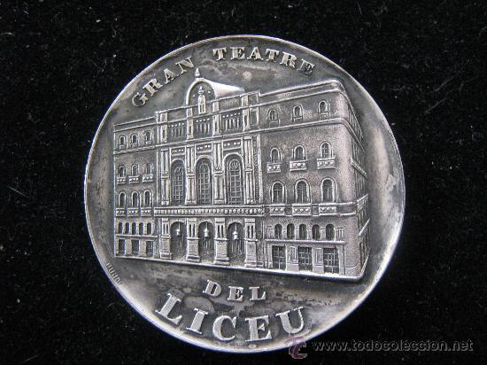 MEDALLA GRAN TEATRE DEL LICEU EN RELIEVE 1847-1972 - CXXV ANYS DIAMETRO 5 CENT (Numismática - Medallería - Trofeos y Conmemorativas)