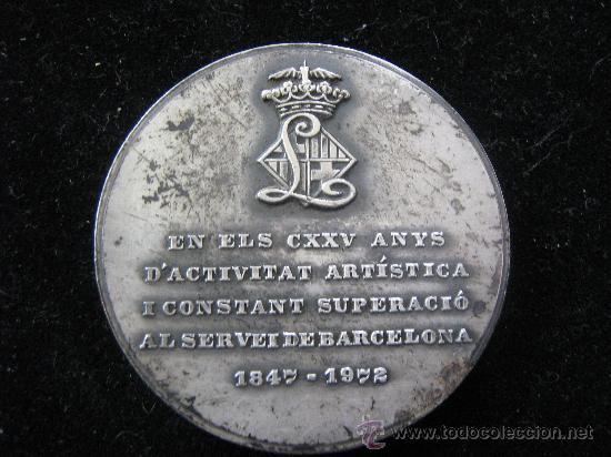 Trofeos y medallas: medalla gran teatre del liceu en relieve 1847-1972 - CXXV anys diametro 5 cent - Foto 2 - 29764687