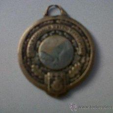 Trofeos y medallas: MEDALLA FRANCESA-MEDALLE UNION SPORTIVE METRO TRANPORTS-USMT-CHAMPION DE PARIS 1954. Lote 29991128