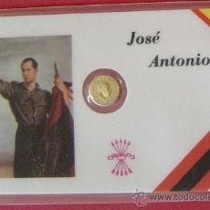 Trofeos y medallas: TARJETA GOBERNANTES ESPAÑOLES, CON UNA PEQUEÑA MONEDA EN SU INTERIOR. (JOSE ANTONIO). Lote 30352710