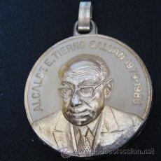 Trofeos y medallas: 1979-1986, MEDALLA CONMEMORATIVA ALCALDE TIERNO GALVAN MADRID, 4 CM. Lote 189338303