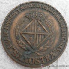 Trofeos y medallas: MEDALLA CONMEMORATIVA. CENTENARIO CAJA DE AHORROS Y MONTE PIEDAD BALEARES. SA NOSTRA. 1882 - 1982. Lote 35466799