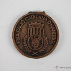 Trofeos y medallas: M-105. MEDALLA EN BRONCE. SALO DE L'INFANCIA 1985. FEDERACIO CATALANA D'HANDBOL.. Lote 39969302