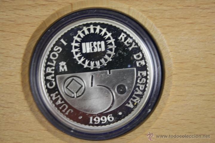 Trofeos y medallas: M-225 - 2000 PTAS - PLATA - UNESCO - 1996 - DJENNÉ - PATRIMONIO DE LA HUMANIDAD - ESTUCHE - Foto 2 - 40924782