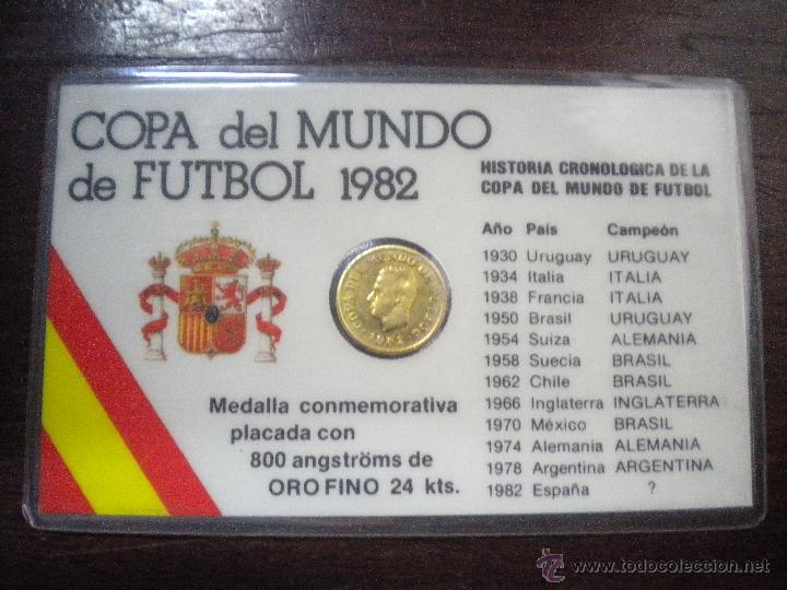 MEDALLA CONMEMORATIVA COPA DEL MUNDO FUTBOL ESPAÑA 1982. PLACADA EN ORO FINO 24 KTS. (Numismática - Medallería - Trofeos y Conmemorativas)