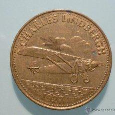 Trofeos y medallas: MONEDA SHELL GRANDES INVENTOS CHARLES LINDBERGH 1927. Lote 41968348