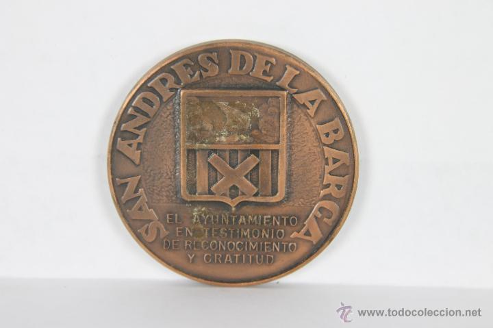 Trofeos y medallas: M-261. MEDALLA EN BRONCE DE SAN ADRES DE LA BARCA. S/F. - Foto 2 - 42590425