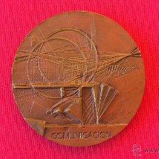 Trofeos y medallas: MEDALLA COMUNICACION FNMT 1983 FIRMADA TORRES GUARDIA. Lote 42819962