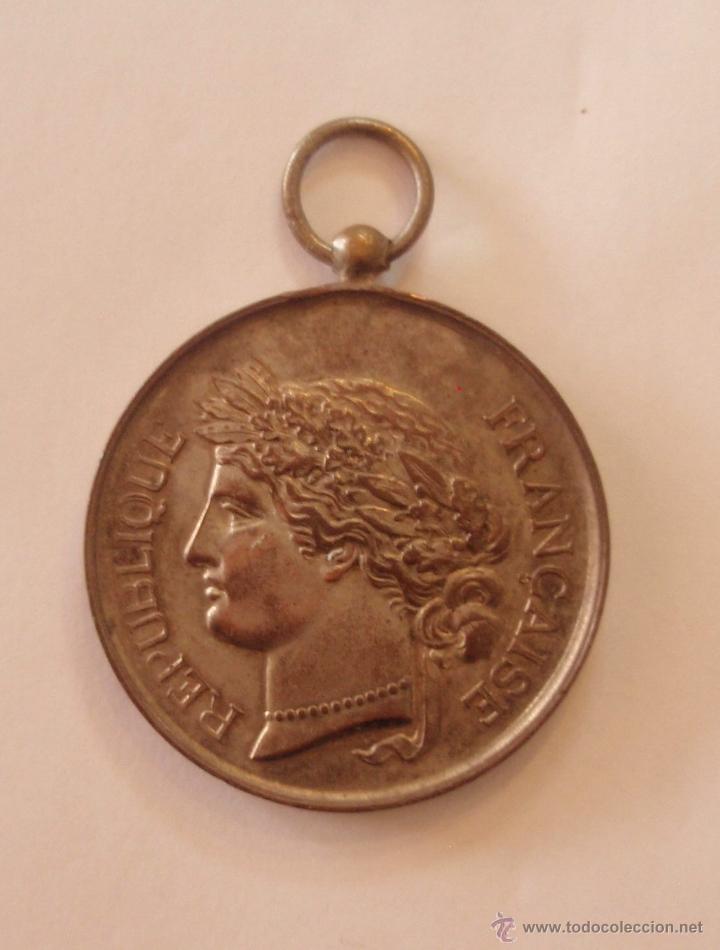 MEDALLA REPUBLIQUE FRANÇAISE 50MM (Numismática - Medallería - Trofeos y Conmemorativas)
