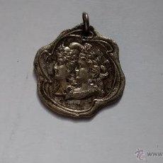 Trofeos y medallas: MEDALLA DE LAS ROMERIAS ESPAÑOLAS DE 1903. Lote 43438503