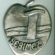 Trofeos y medallas: MEDALLA/PISAPAPELES CONMEMORATIVO SEBIME 1979 MAHÓN MENORCA. Lote 46467530