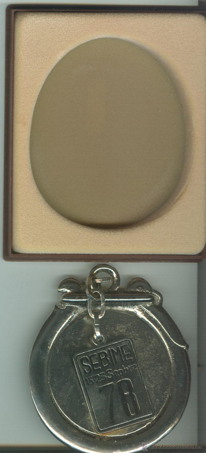 Trofeos y medallas: MEDALLA/PISAPAPELES CONMEMORATIVO SEBIME 1978 MAHÓN MENORCA - Foto 3 - 46468034