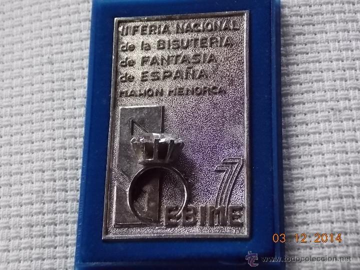 PLACA/PISAPAPELES CONMEMORATIVO SEBIME 77 MAHON MENORCA (Numismática - Medallería - Trofeos y Conmemorativas)