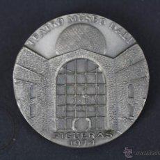 Trofeos y medallas: MEDALLA CONMEMORATIVA DE EXPOSICIÓN DE ANTONIO PITXOT EN EL MUSEO TEATRO DALÍ, FIGUERAS - AÑO 1974. Lote 47425376