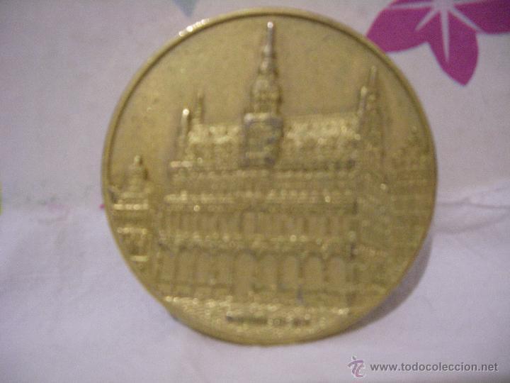 Trofeos y medallas: MEDALLA DORADA CONMEMORATIVA DE PAIS DE COMUNIDAD EUROPEA: BELGICA - diametro 50 mm - Foto 2 - 48370393