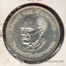 Trofeos y medallas: PRECIOSA MEDALLA DE PLATA CONMEMORATIVA LOS 100 AÑOS DE TEATRO EDUARD VON WINTERSTEIN VER FOTOS. Lote 48865411