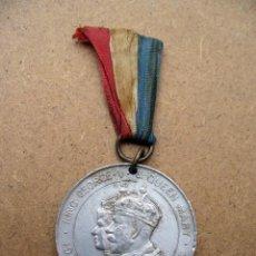 Trofeos y medallas: MEDALLA KING GEORGE V & QUEEN MARY - 1910 SILVER JUBILEE 1935. Lote 48880102