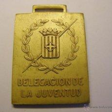Trofeos y medallas: MEDALLA DELEGACIÓN DE LA JUVENTUD, BARCELONA, AÑO 1973, XXV JUEGOS ESCOLARES. BALONMANO.. Lote 49527167
