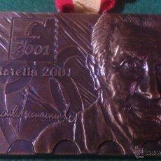 Trofeos y medallas: MEDALLA JOAN ANTONI SAMARANCH, PRESIDENT DEL COMITE INTERNACIONAL OLIMPIC, FILATELIA 2001.. Lote 52126355