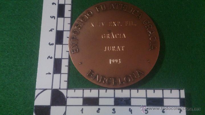 Trofeos y medallas: MEDALLA XLIV EXPOSICIO FILATELICA GRACIA , 1993, JURAT. - Foto 3 - 52345014