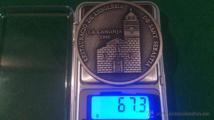 Trofeos y medallas: MEDALLA XVI DESENA CULTURAL, GRUP FILATELIC I NUMISMATIC DE LORFEÓ CANONGÍ, LA CANONJA 1998 - Foto 4 - 52348240
