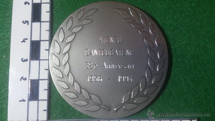 Trofeos y medallas: MEDALLA 38 ANIVERSARI ATENEU SANTCUGATENC 1956-1994, F.C.S.F.,PLATA DE LEY, 925. - Foto 3 - 53048832