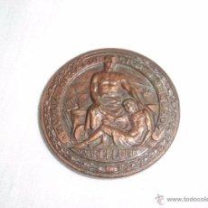Trofeos y medallas: MEDALLA 50 ANIV. MUTUA METALÚRGICA DE SEGUROS BARCELONA 1905-1955 COBRE 35 MM COBRE. Lote 53858183
