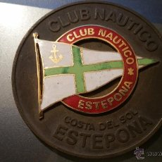 Trofeos y medallas: MEDALLA DE MANO DEL CLUB NAUTICO DE ESTEPONA. Lote 54435035