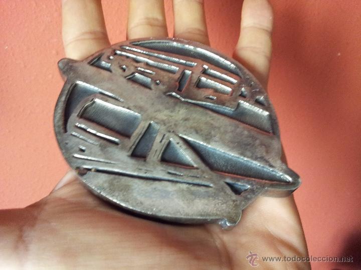Trofeos y medallas: MEDALLA COMMEMORATIVA 125 ANYS TRAMVIA-75 ANYS METRO BARCELONA - Foto 2 - 54595303