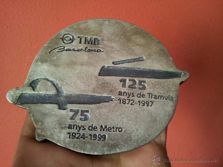 Trofeos y medallas: MEDALLA COMMEMORATIVA 125 ANYS TRAMVIA-75 ANYS METRO BARCELONA - Foto 6 - 54595303