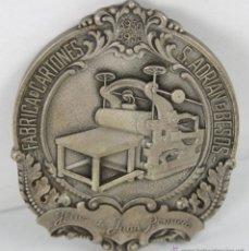 Trofeos y medallas: M-340. MEDALLA EN BRONCE PLATEADO. FABRICA DE CARTONES S. ADRIAN DEL BESOS. 1955.. Lote 45622671