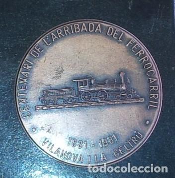Trofeos y medallas: Medalla VILANOVA I LA GELTRU CENTENARIO LLEGADA TREN 1881-1981 - Foto 3 - 67778661