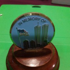 Trofeos y medallas: MEDALLA EN MEMORIA DEL ATENTADO DE LAS TORRES GEMELAS, 11.09.11. Lote 69716281