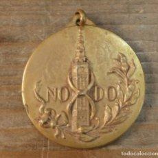 Trofeos y medallas: MEDALLA CONMEMORATIVA I JUEGOS DEPORTIVOS OTOÑO 1.964 NO DO SEVILLA.. Lote 74070027