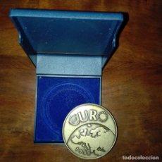 Trofeos y medallas: MEDALLA 10º ANIVERSARIO EUROPENSIONES 1998. Lote 74368323