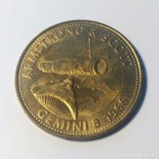 Trofeos y medallas: MONEDA CONMEMORATIVA MISION GEMINI 8 1966 - NASA - ARMSTRONG & SCOTT - SHELL. Lote 145244838