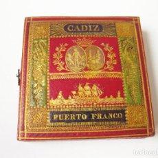 Trofeos y medallas: ESTUCHE ORIGINAL DE LA MEDALLA DE CÁDIZ COMO PUERTO FRANCO. FERNANDO 7º. 1829. ENCUADERNACIÓN. Lote 78075677
