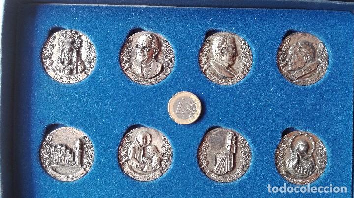 8 MEDALLAS CONMEMORATIVAS DIOCESIS ASIDONIA JEREZ 1980 2005 (Numismática - Medallería - Trofeos y Conmemorativas)