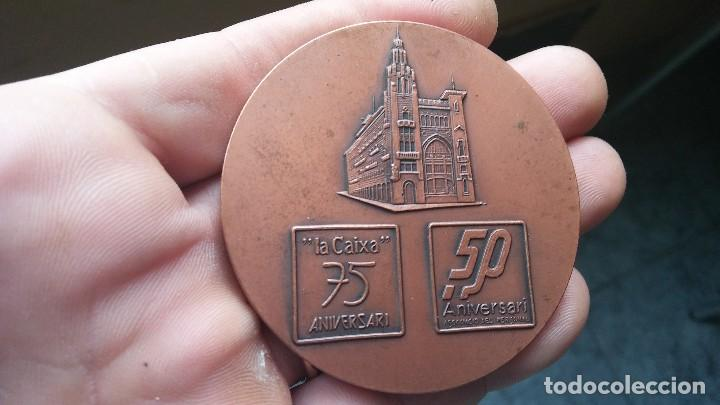 MEDALLA EXPO FILATELICA I NUMISMATICA 75 ANIVERSARIO (Numismática - Medallería - Trofeos y Conmemorativas)