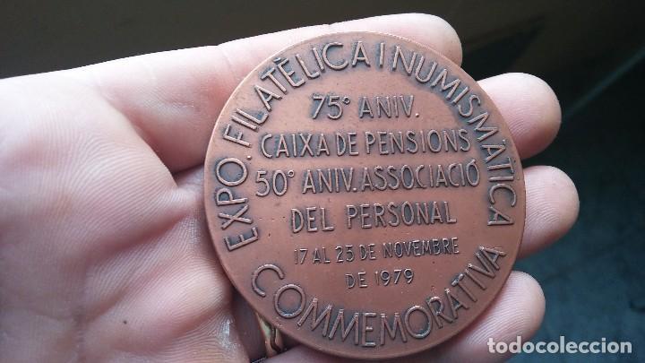 Trofeos y medallas: MEDALLA EXPO FILATELICA I NUMISMATICA 75 ANIVERSARIO - Foto 2 - 114180923