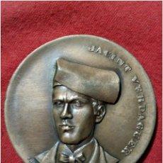 Trofeos y medallas: MEDALLA CONMEMORATIVA JACINT VERDAGUER POETAS CATALANES 1975. Lote 79921922