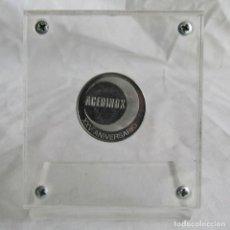 Trofeos y medallas: MEDALLA CONMEMORATIVA ACERINOX XXV ANIVERSARIO 1995. 2,7 CM DE DIÁMETRO. Lote 86311896