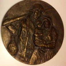 Trophies and Medals - Medalla de bronce, escena costumbrista. Firmada J. M. Acuña, Galicia 1960. - 87314655