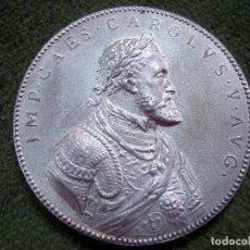 Trofeos y medallas: MEDALLA DEL IV CENTENARIO DEL EMPERADOR CARLOS V- 1558-1958, DIÁMETRO 5,50 CM CA1. Lote 94219950