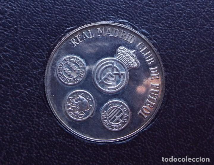 MEDALLA DE PLATA REAL MADRID CLUB DE FUTBOL 1979 (Numismática - Medallería - Trofeos y Conmemorativas)