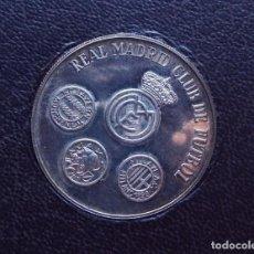 Trofeos y medallas: MEDALLA DE PLATA REAL MADRID CLUB DE FUTBOL 1979. Lote 94234280