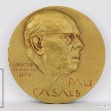 Trofeos y medallas: MEDALLA CONMEMORATIVA - PAU CASALS. COMMEMORACIÓ DEL CENTENARI 1976 - N. VENDRELL, 1876. Lote 111743480